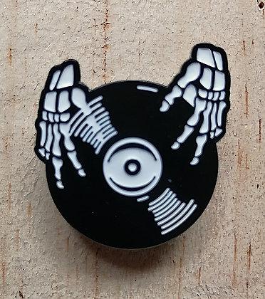 """Pins """"Skull DJ"""""""