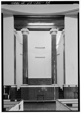 HABS altar Monumental Church 1987.jpg