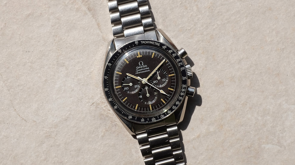 Omega Speedmaster 'Pre-moon' Ref. 145.022-69 'Tropical dial' with Extract