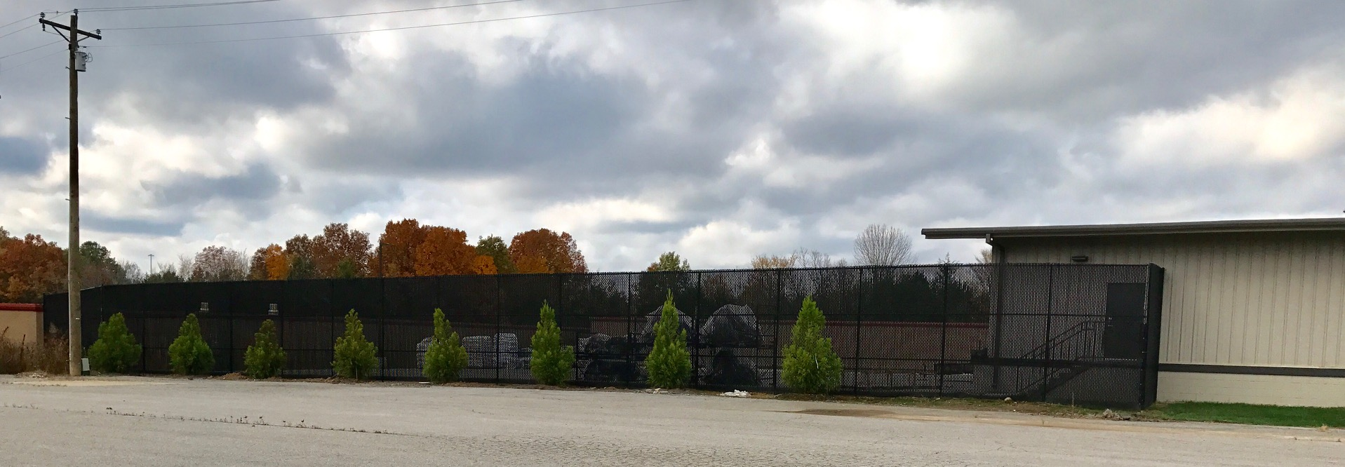 12ft Commercial Chain Link Fence with Privacy Slats