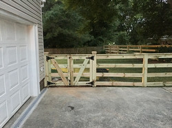 4ft Farm Fence With Top Trim