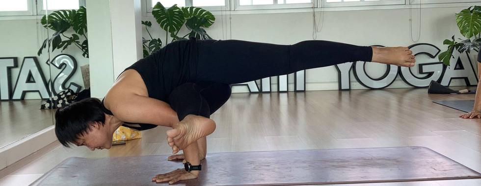 Kru_pump_bird_of_yoga_05.jpg