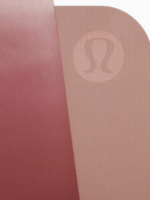 LULULEMON - THE REVERSIBLE MAT 3MM : SMOKE RED/DARK PINK