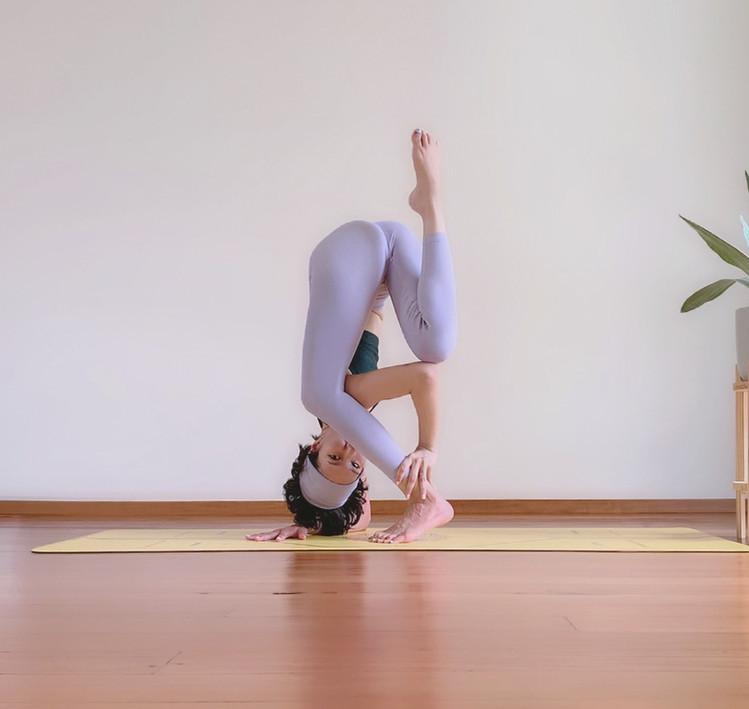 Bird_of_yoga_teacher_team_Kru_Praew_08.j