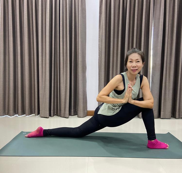 BirdofYoga_Yoga_Teacher_Kru_Nut_13.jpg
