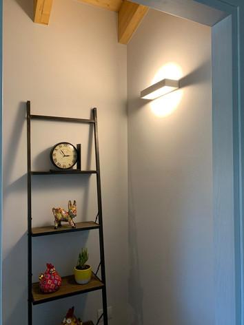 lampada a parete box.jpg