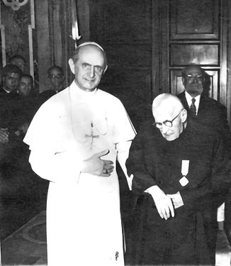 7 Alberione con Pablo VI (1969).png