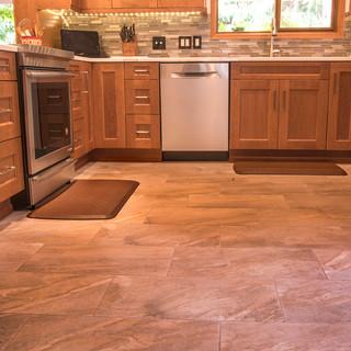 Larsen-Kitchen-6.jpg