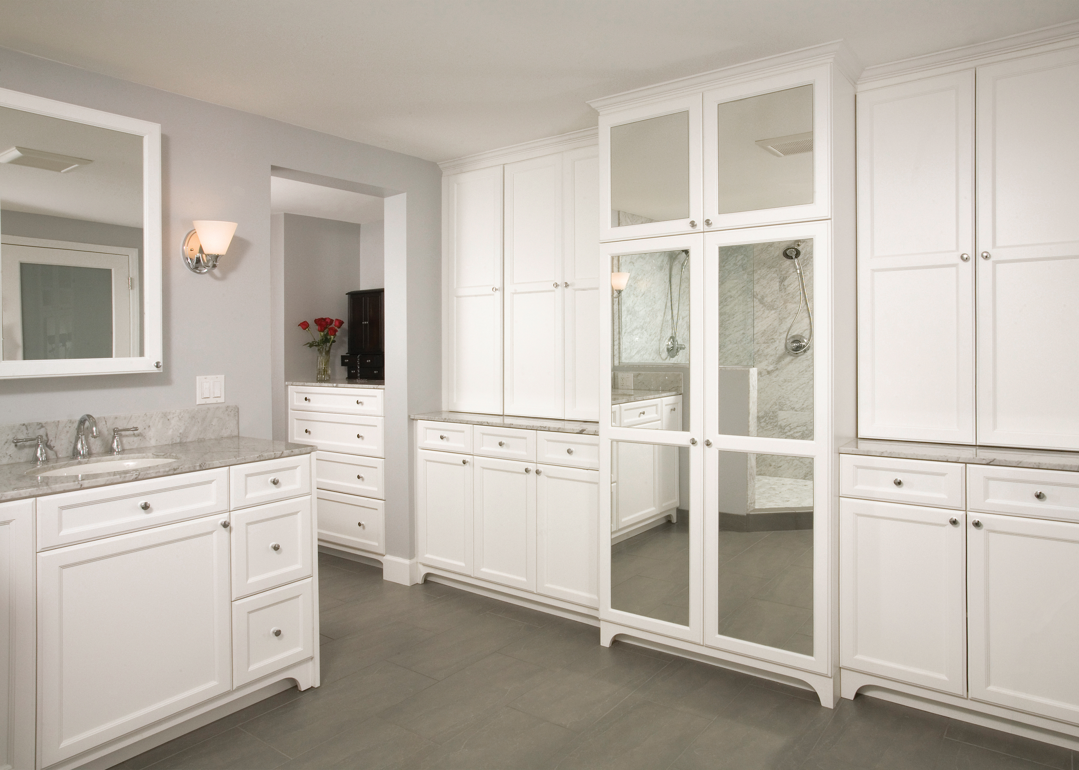CS_WhitePaintBathroom_0045_300ppi