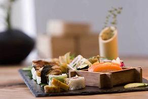 sashimi maki plateaux
