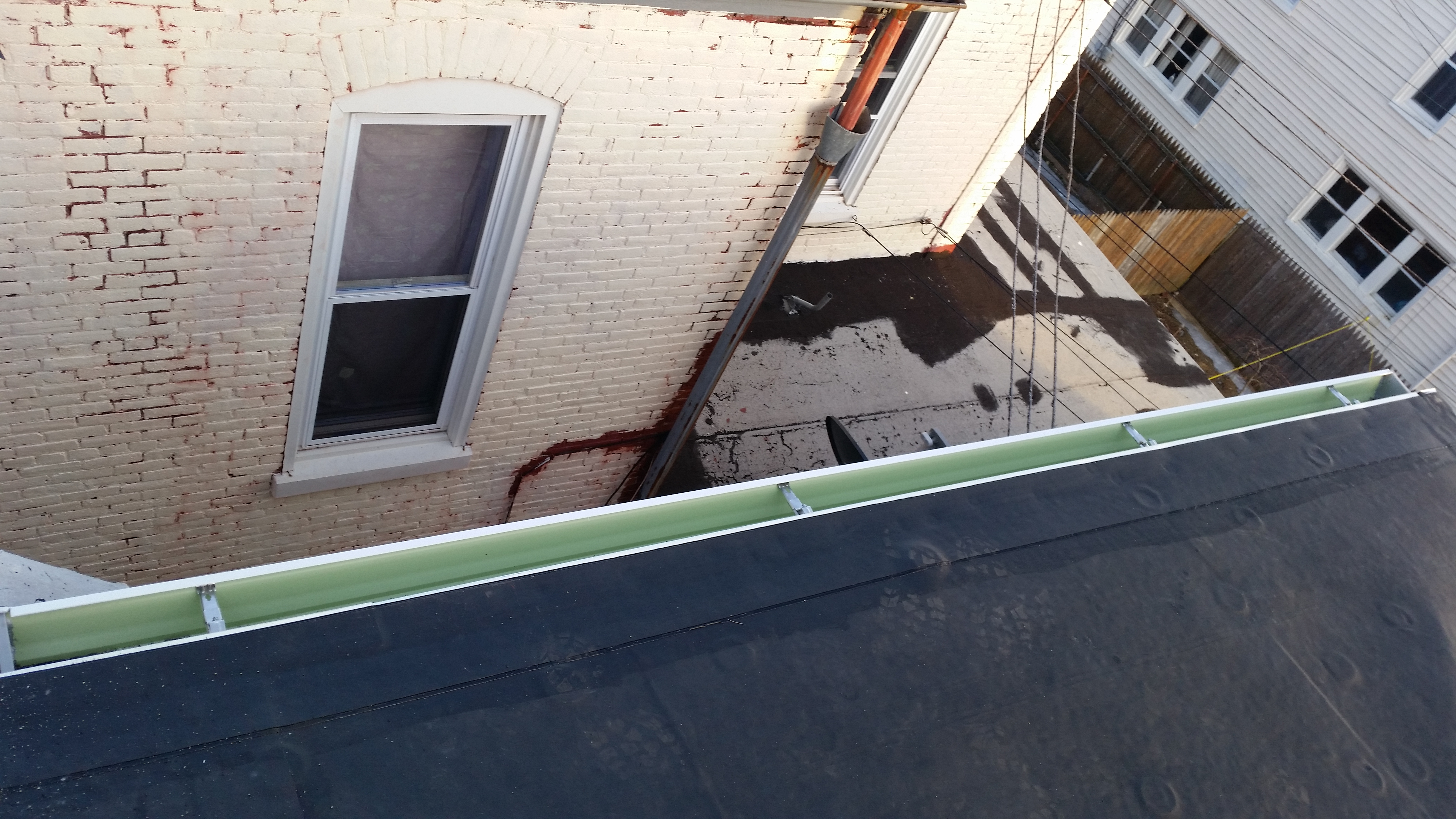 repair and installation of gutters