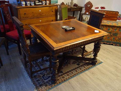 A127 100 Jahre alten Tisch & 2 historische Sessel