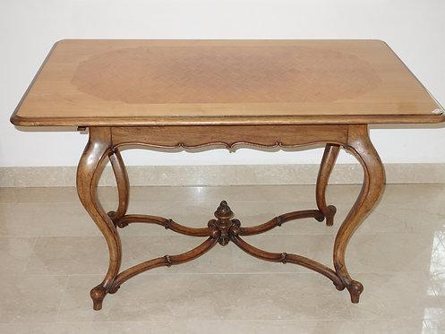 A2A - Tisch