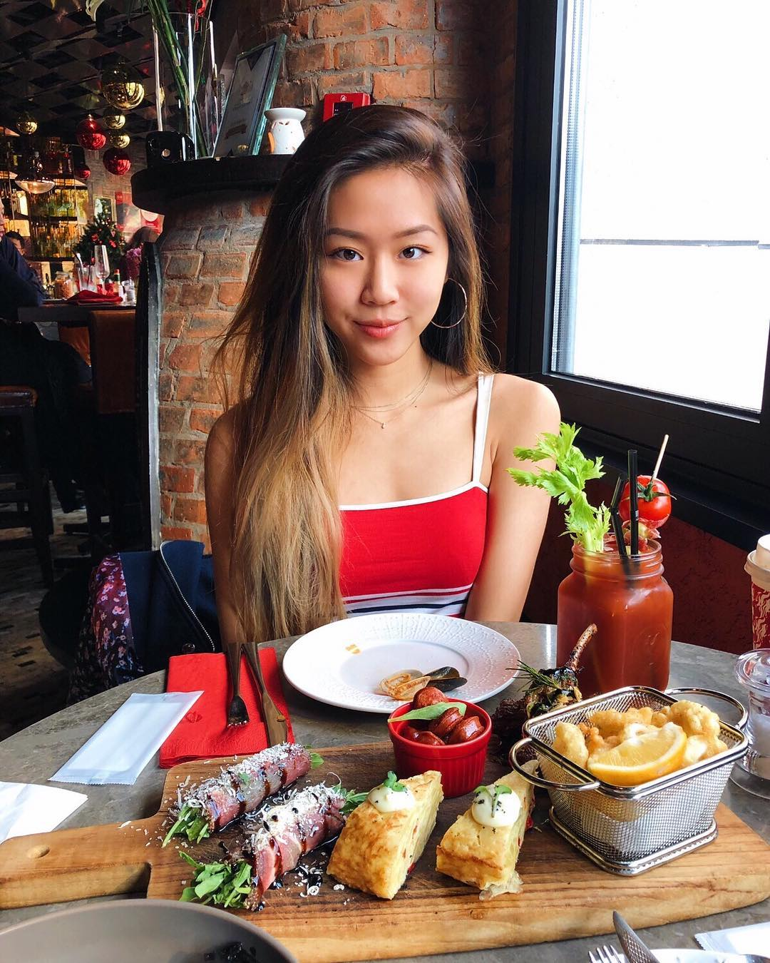 Pauline Chang