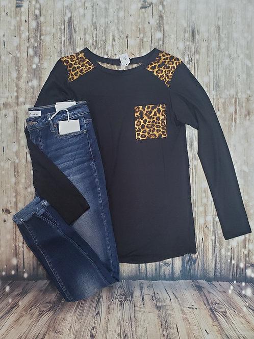 Black Long Sleeve Animal Print with Pocket