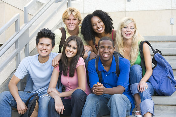 gruppo di studenti.jpg