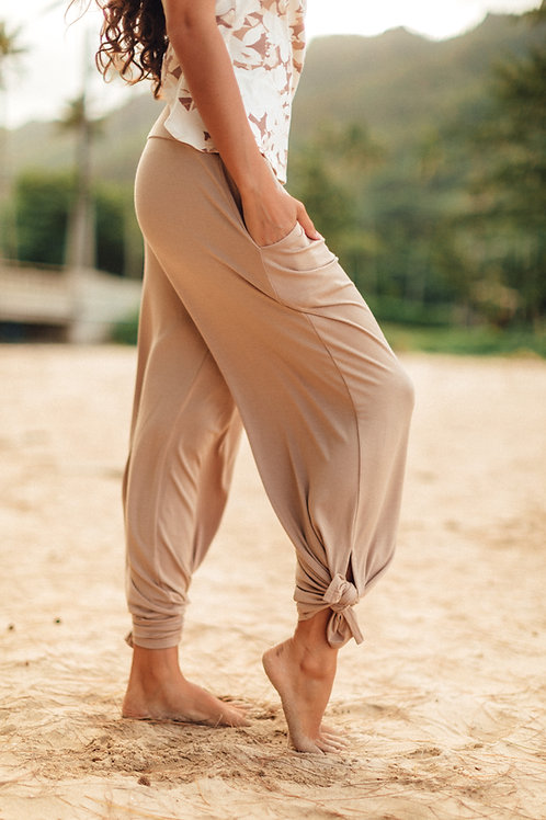 Palolo Pant in Camel