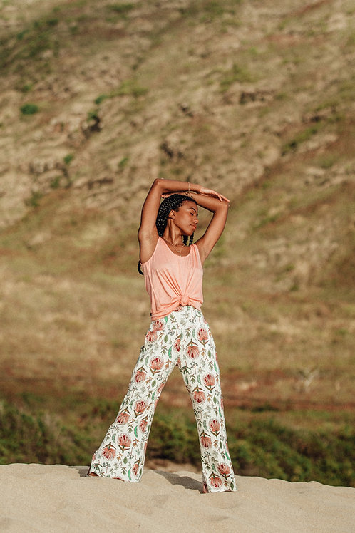 Palolo Pant in Queen Protea