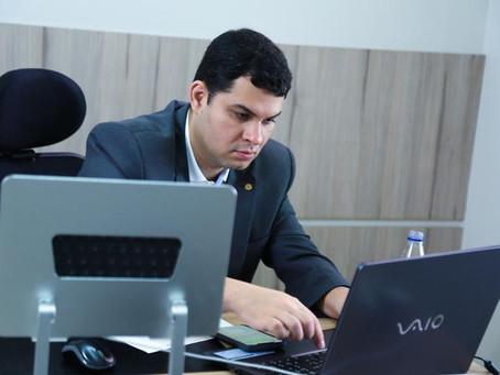 Deputado pede aumento no número de UTIs aéreas e ambulâncias para pacientes do interior