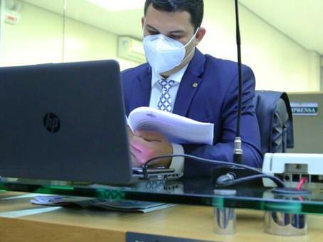 Saullo Vianna doa mais de 50 mil máscaras para interior do AM