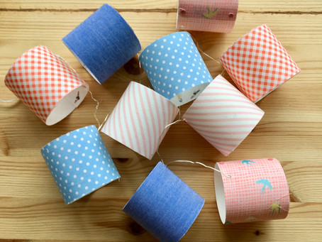 How to make a mini lampshade garland for Spring