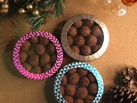 Christmas Gifts – Easy hand-decorated truffle box & truffles!