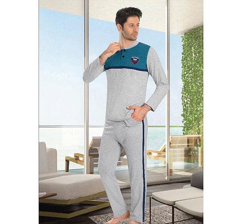 פיג'מה בצבעי אפור כחול במראה ספורטיבי לגבר