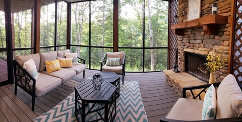 Relaxing Screen Porch