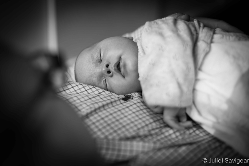 Asleep on daddy - baby photography, London, SE1