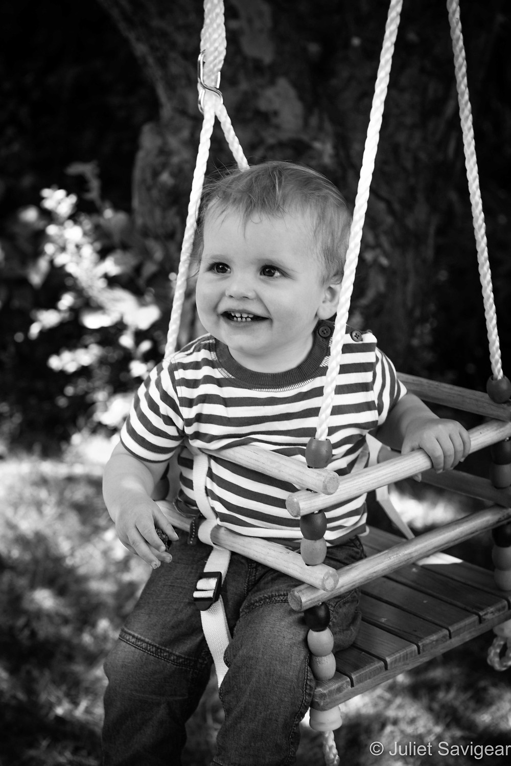 Swing - Children's Photography, Carshalton Beeches