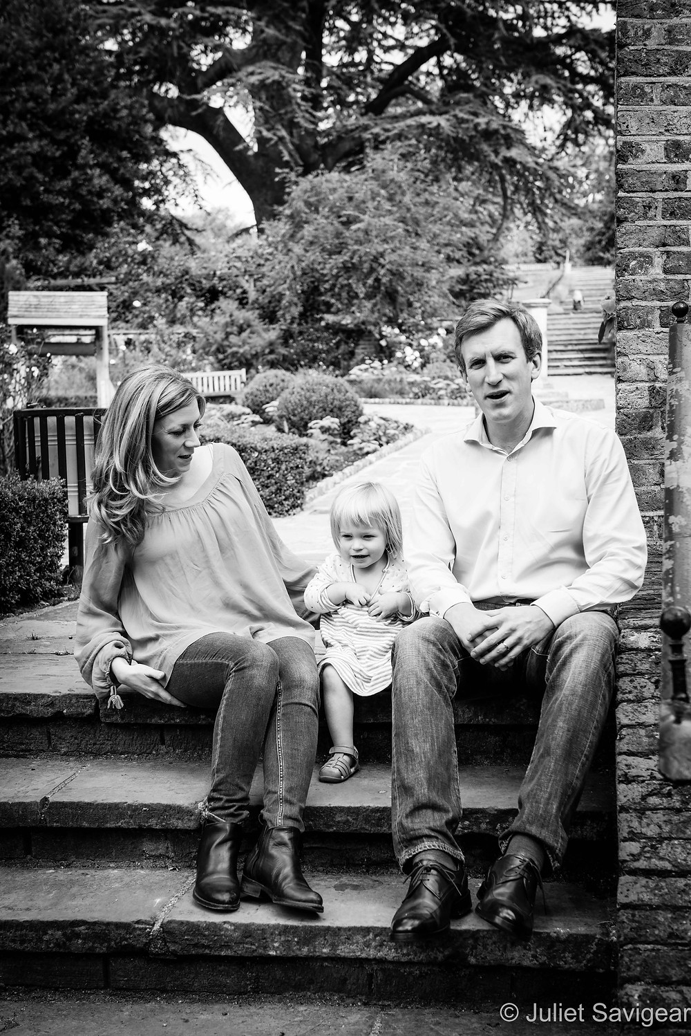 On The Steps - Family Photography, The Rookery, Streatham Common