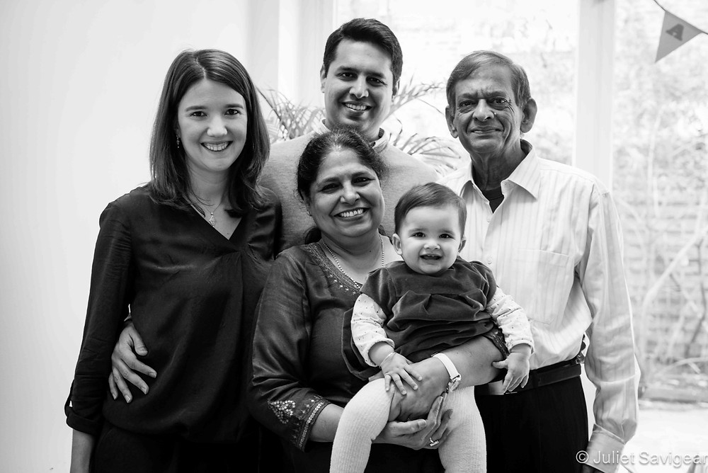 Extended Family Photo - Family Photography, Battersea