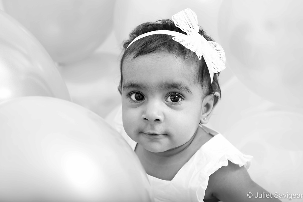 Balloons - Baby Photography - Mitcham