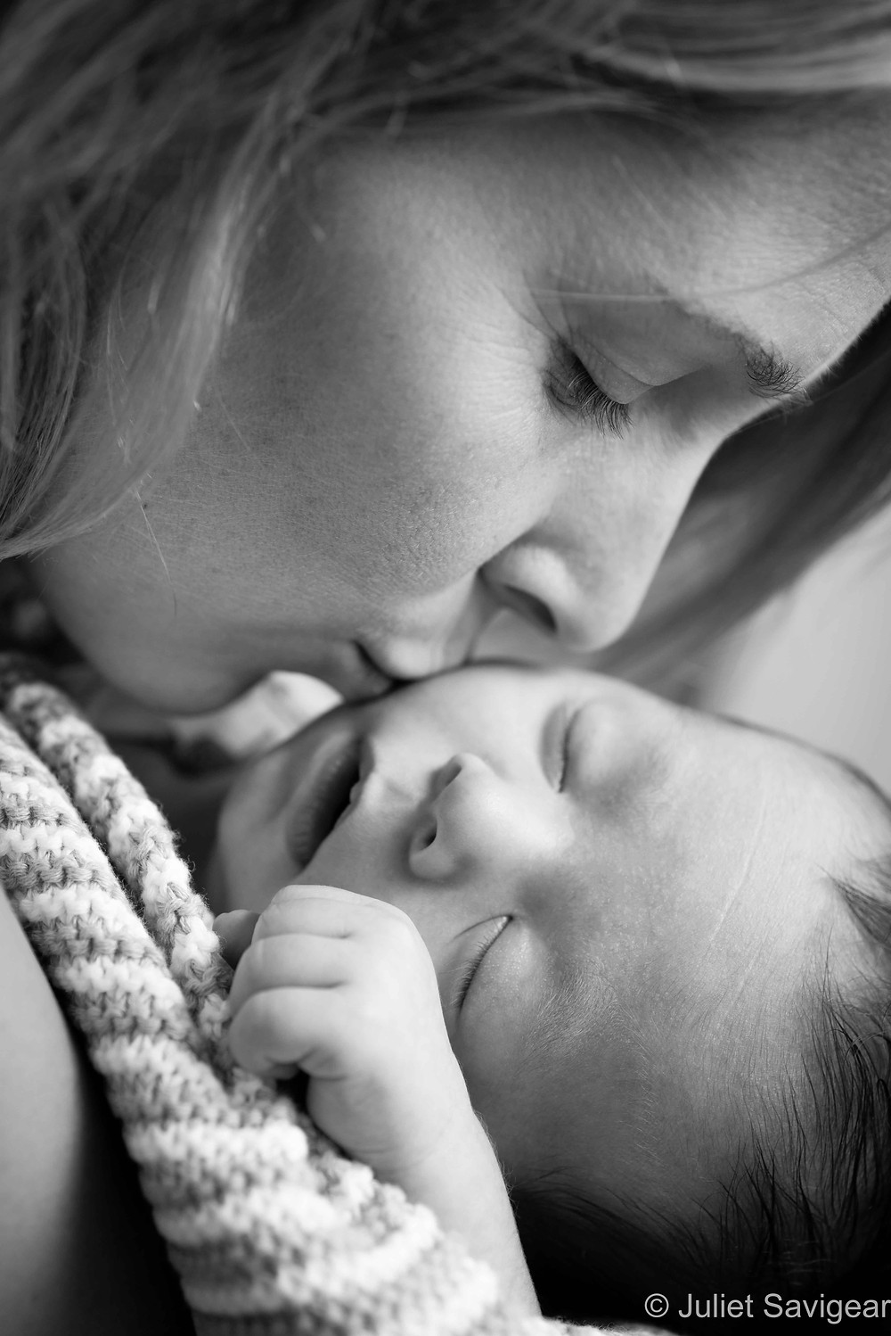 Kiss - Baby Photography, Earlsfield