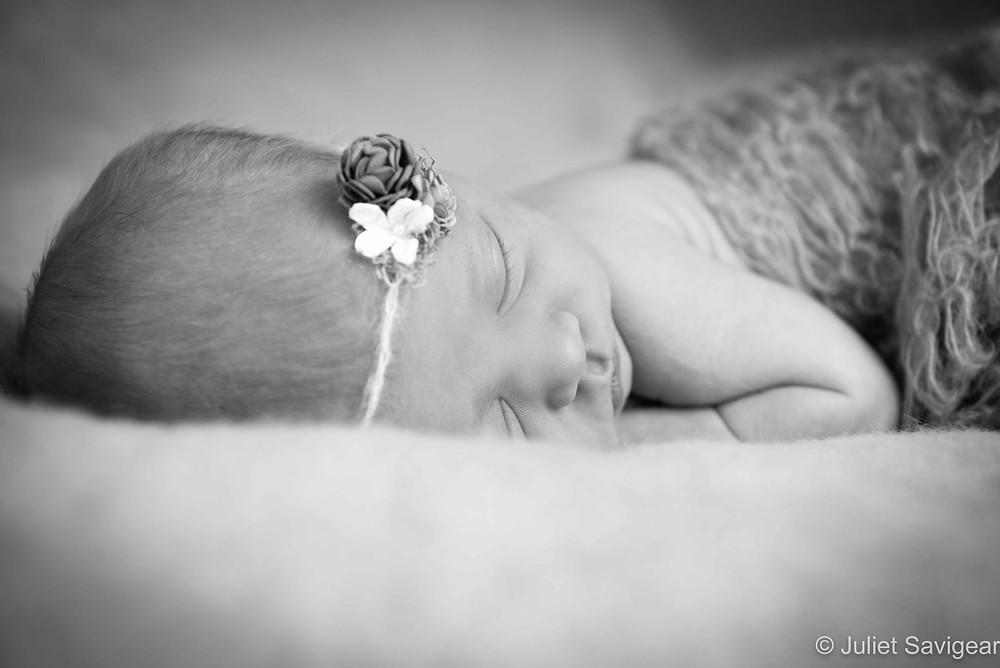 Pretty Girl - Newborn Baby Photography - Willesden