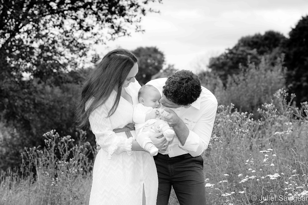 Outdoor family & baby photo shoot