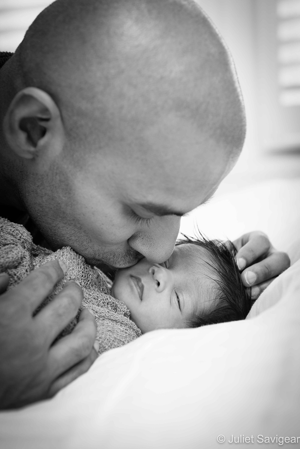 Daddy's Kiss - Newborn Baby & Family Photograph, Colliers Wood