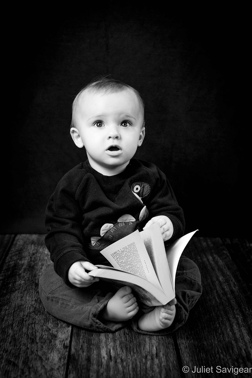 Reading Time - Baby Photography - Ealing