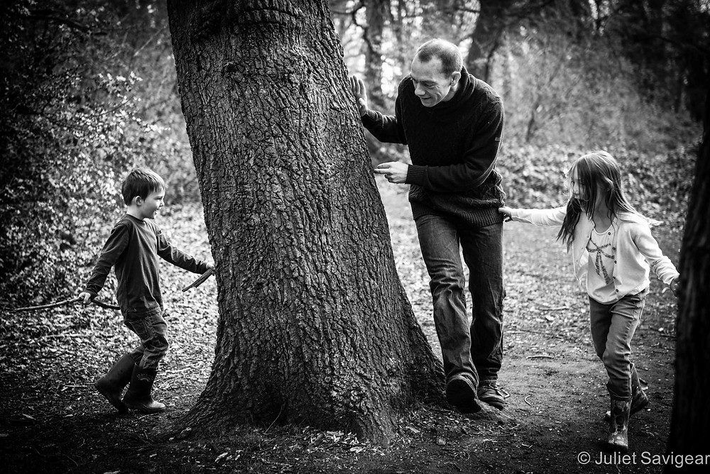 Hide & Seek - Family Photography, Tooting Common
