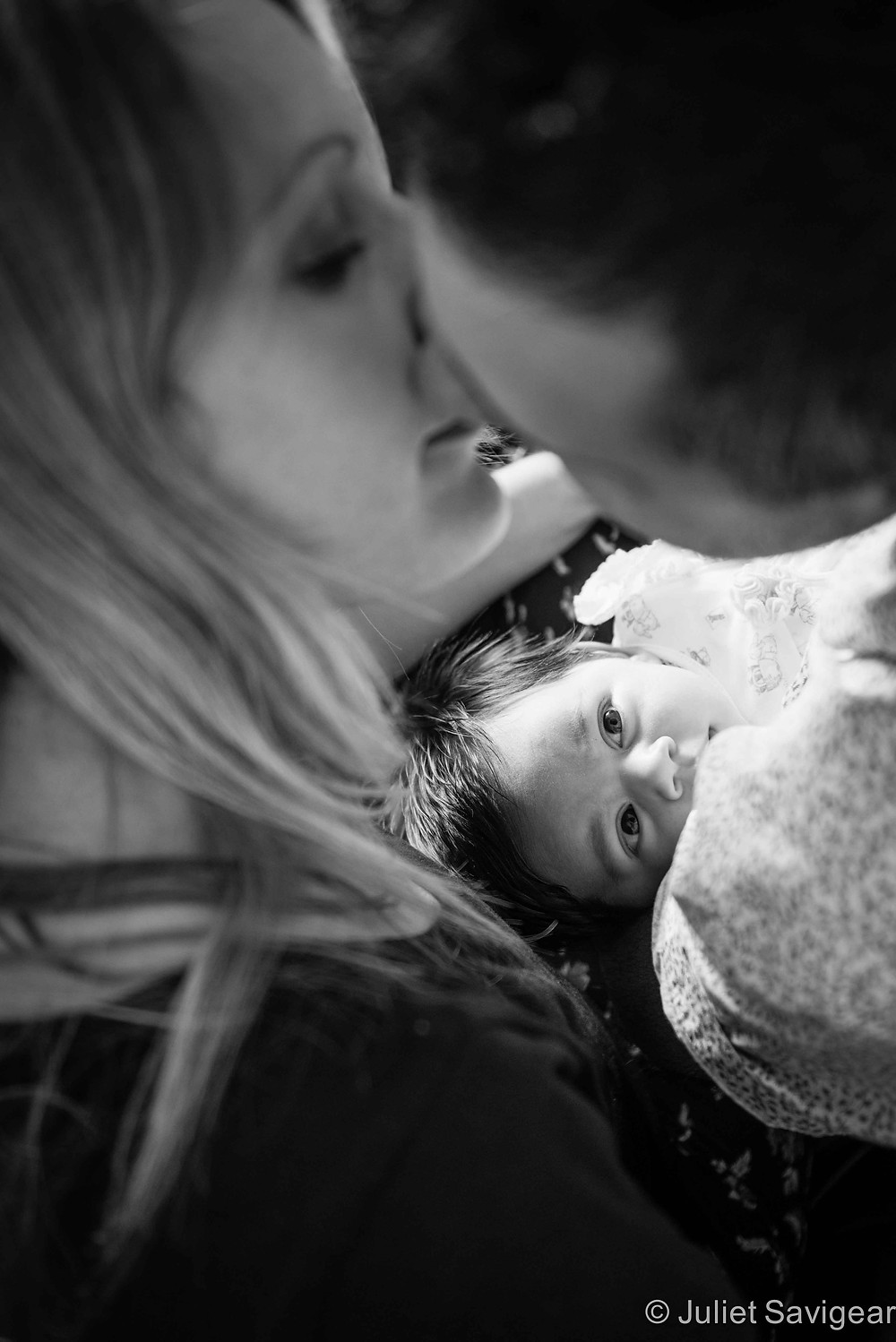 The Kiss - Baby & Family Photography, Ealing
