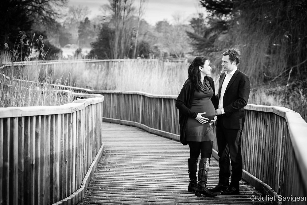 Frosty Boardwalk - Maternity Photography - Dulwich Park