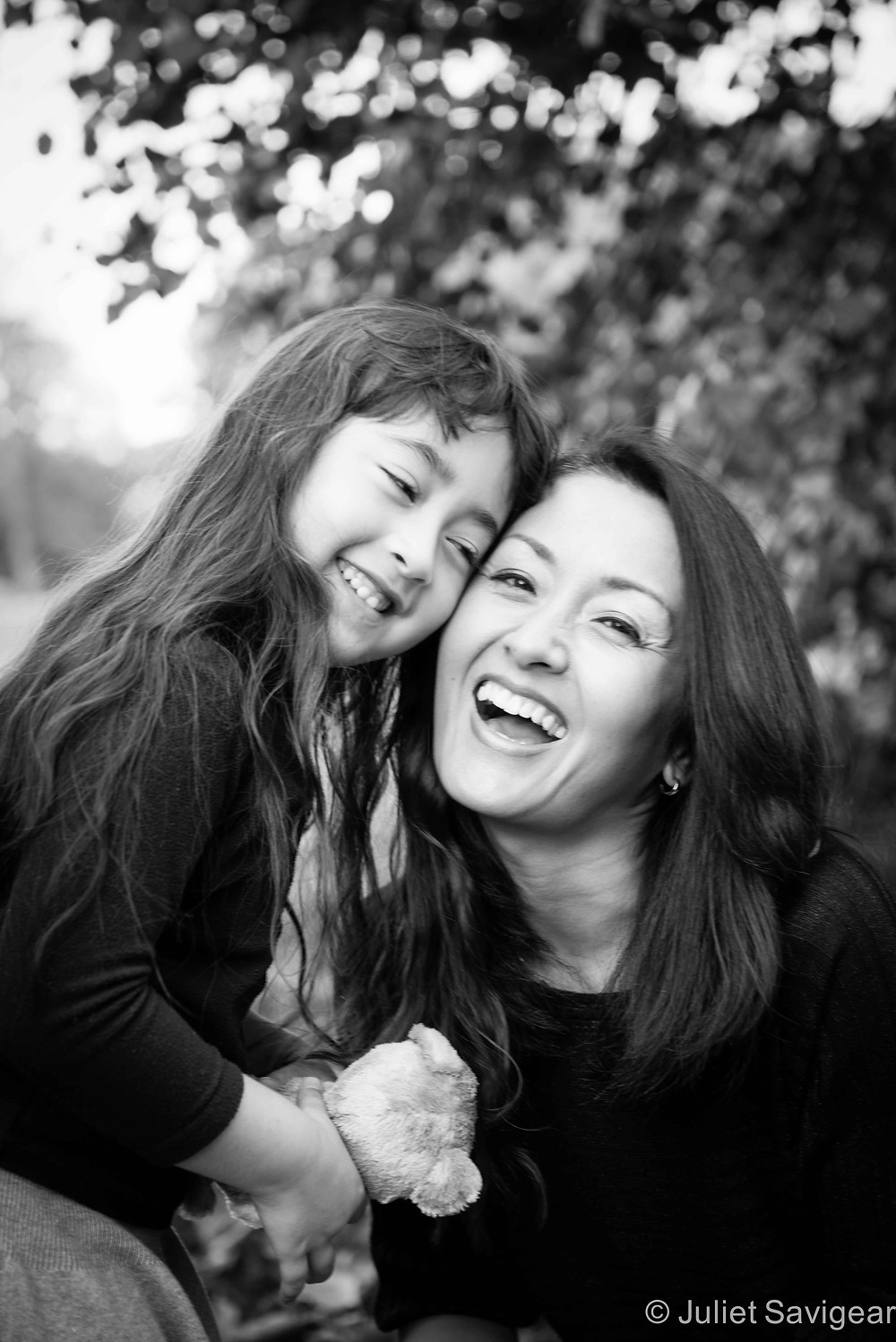 Mother & Daughter - Children's & Family Photographer, Kenwood House, Hampstead
