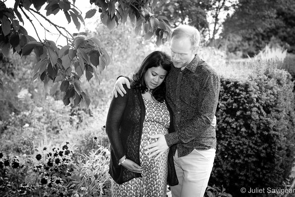 Beautiful Bump - Maternity Photography - Brockwell Park