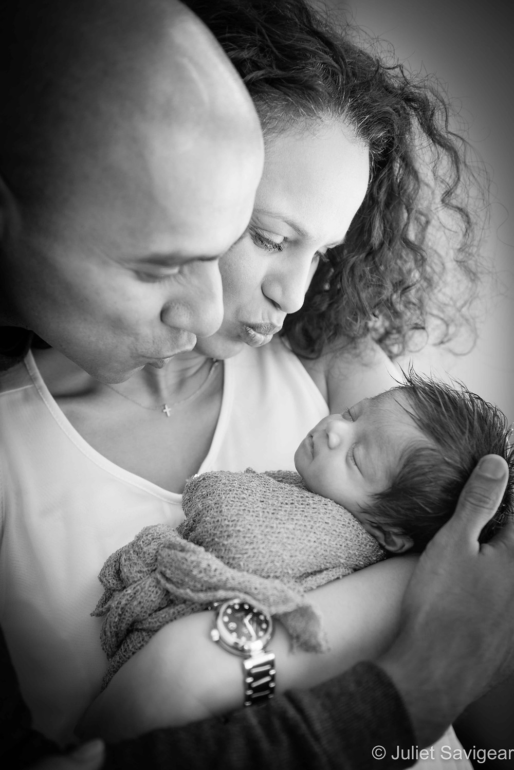 Blowing Kisses - Newborn Baby & Family Photograph, Colliers Wood