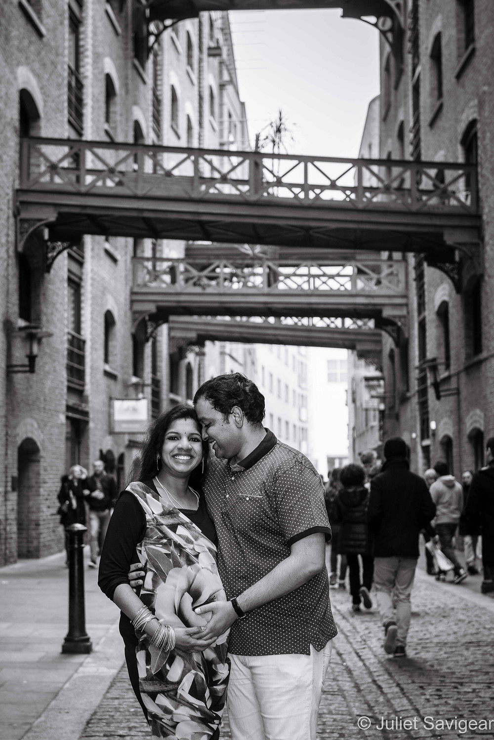 Maternity Photography - Shad Thames, London