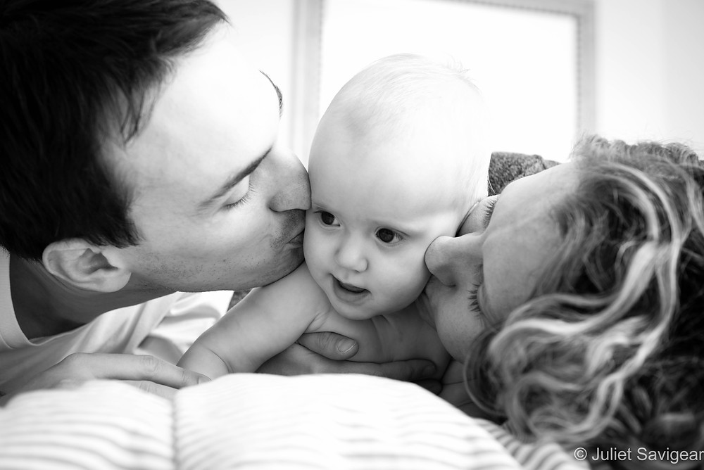 Kiss - Family Photography, Hampstead