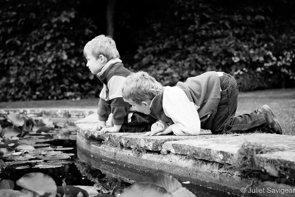 Pond Exploration - Twin Children's Photography, Oxfordshire