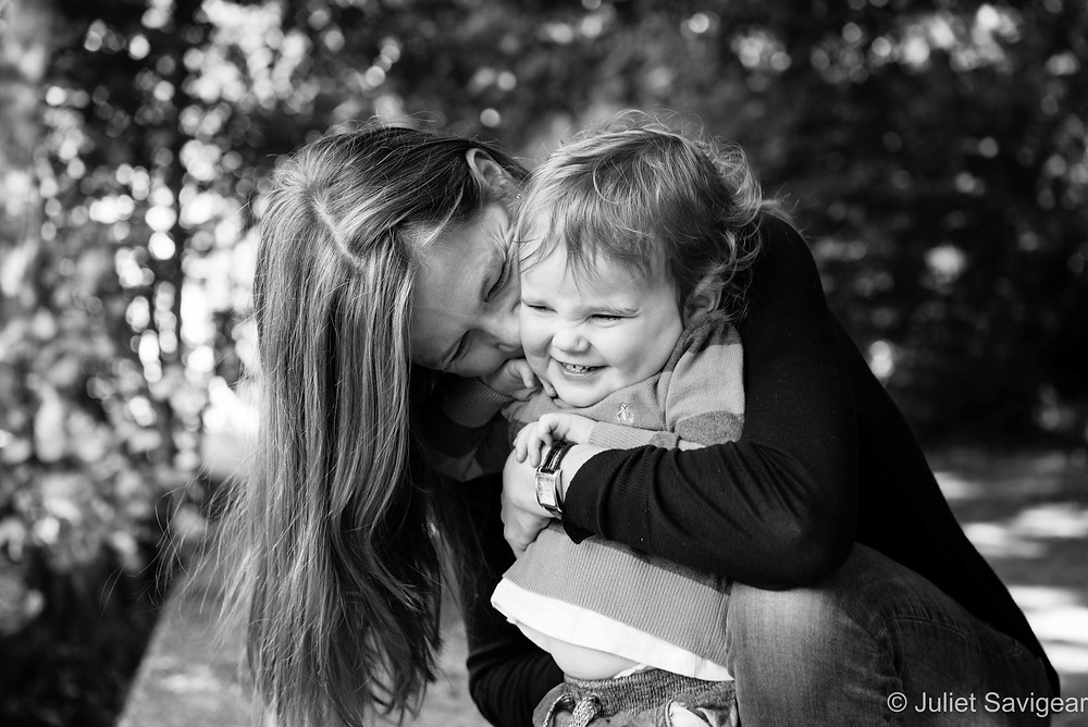 Hugs! Family Photography - Wimbledon Common