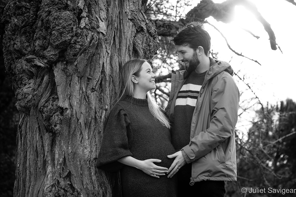 Bump photography by tree