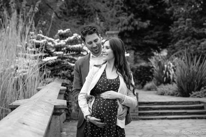 Beautiful Maternity Session Amongst The Flowers - Southwark Park